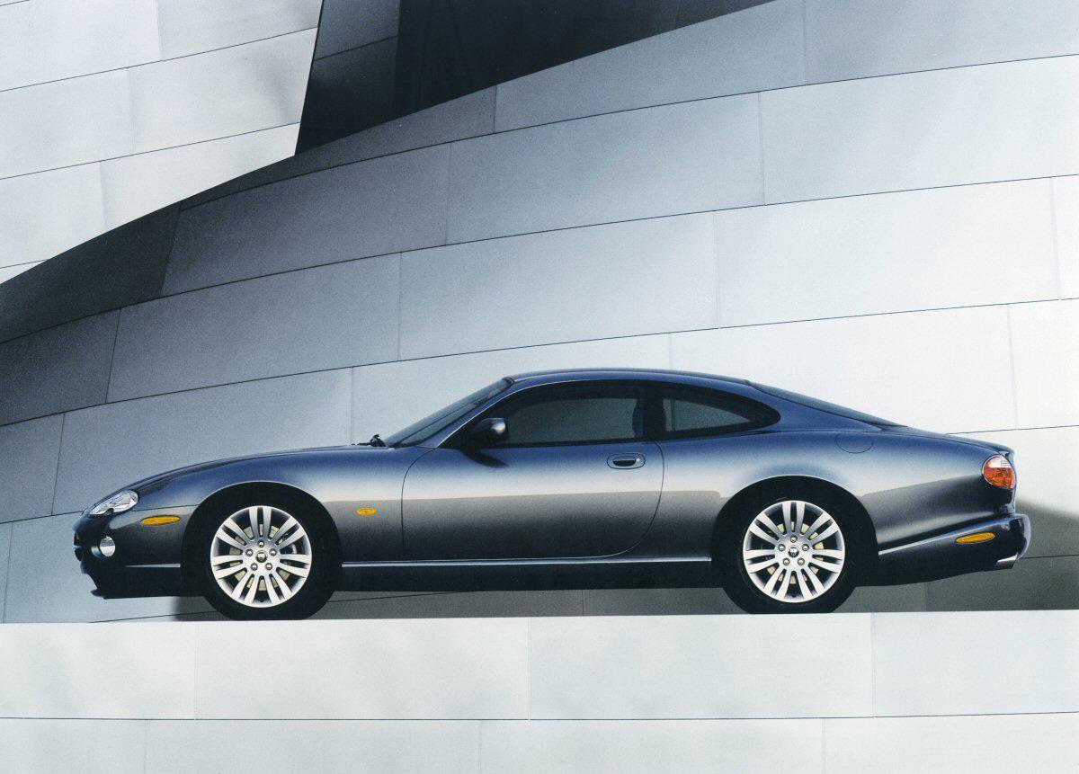Xk L on 2005 Jaguar Xkr Coupe