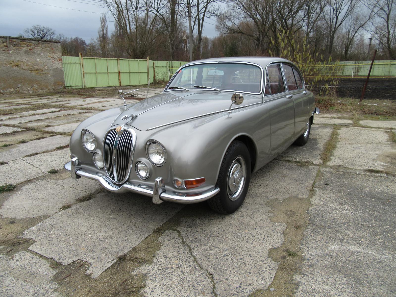 1966 Jaguar S-Type (1963) 3.4 benzín 156 kW